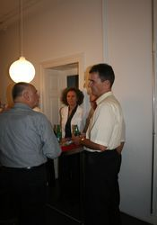 Roland Ledergerber (re) im Gespräch mit Peter Müller (li), Monja Mariner (mi).